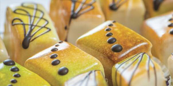 edible-endeavors-sweet-indulge1