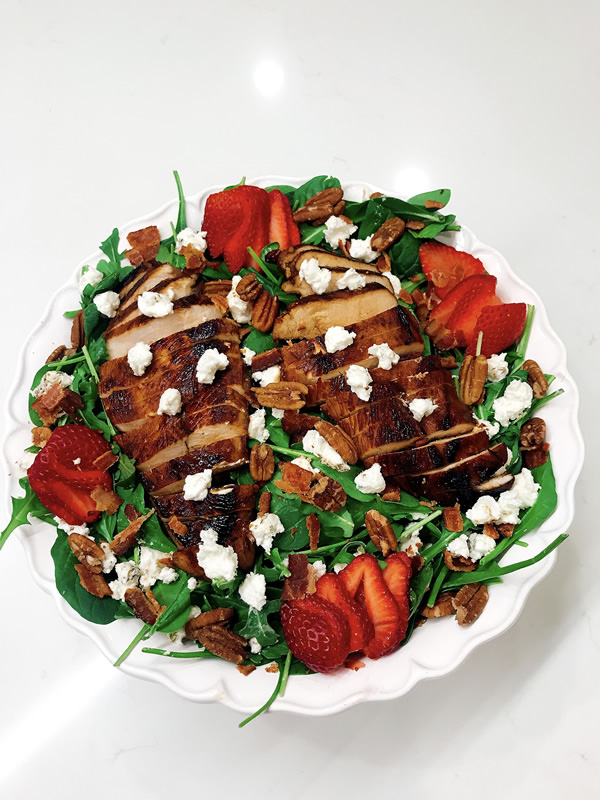 Strawberry and Balsamic Grilled Chicken Salad wr