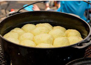 buckaroo dutch oven NOS rolls
